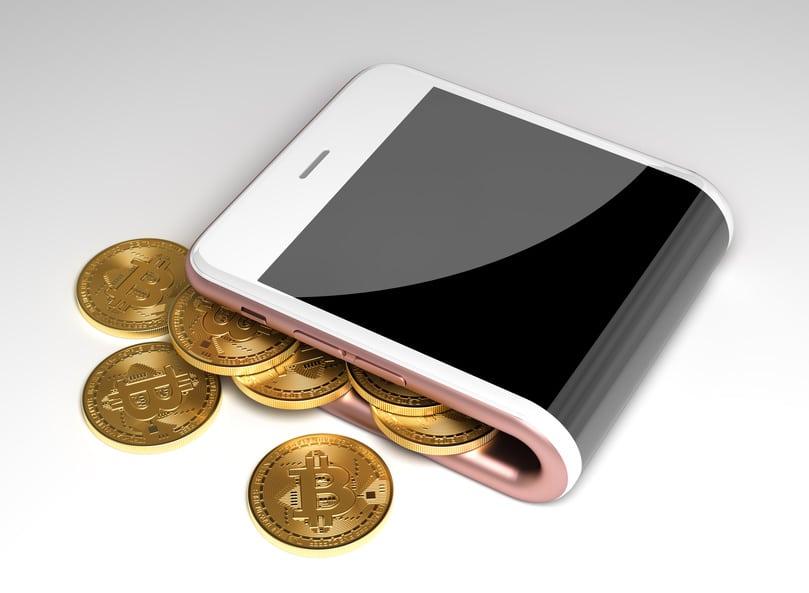 gebogenes Smartphone als Geldbörse für digitales Geld zum bezahlen im Internet