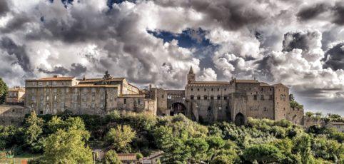 Mittelalterliche Burg in Italien