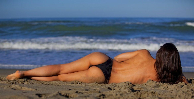 Strand mit Frau