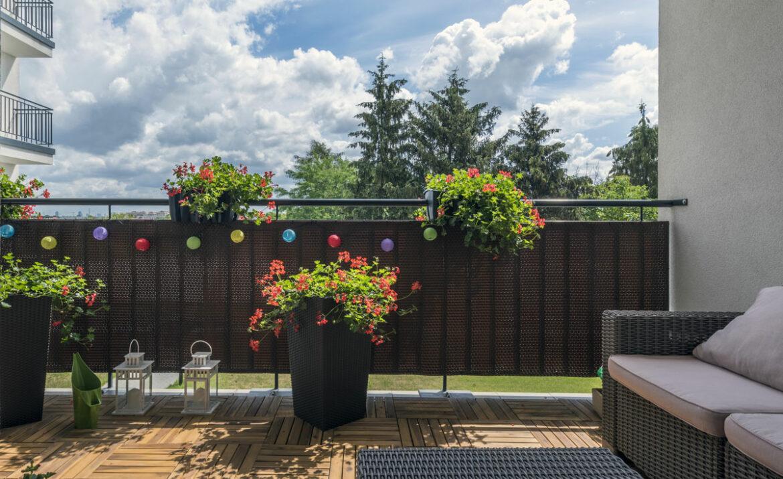 Balkon Sichtschutz - Top 10 Empfehlungn um aus Ihrem Balkon eine Wohlfühloase mit genug Privatsphäre zu schaffen.